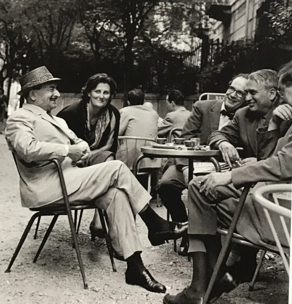 Salvatore Quasimodo con Beniamino Dal Fabbro, Gigi Bailo e la moglie al Jamaica di Milano